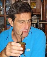 Rodolfo Vela LOLOVe